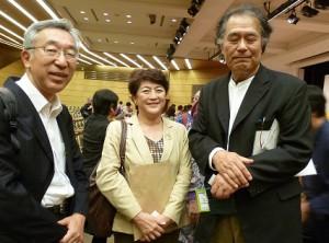 右が菅野芳秀さん。左は、「新しいソウルに出会う旅」(8月)でご一緒した静岡県立大学教授の津富宏さん、嬉しい再会でした。